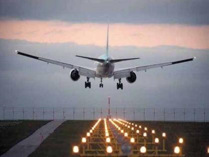 Canadian airforce jet departing from New Delhi makes emergency landing at Islamabad airport | Canadian airforce jet departing from New Delhi makes emergency landing at Islamabad airport