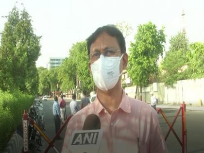 Wearing masks now compulsory in Vadodara, violators to pay fines | Wearing masks now compulsory in Vadodara, violators to pay fines