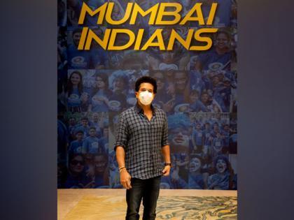 IPL 2021: Mumbai Indians mentor Sachin Tendulkar arrives in UAE | IPL 2021: Mumbai Indians mentor Sachin Tendulkar arrives in UAE