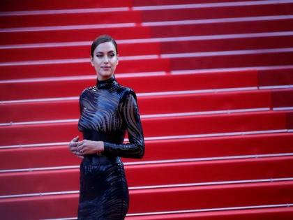 Irina Shayk spotted with Bradley Cooper in NYC amid Kanye West dating rumours | Irina Shayk spotted with Bradley Cooper in NYC amid Kanye West dating rumours