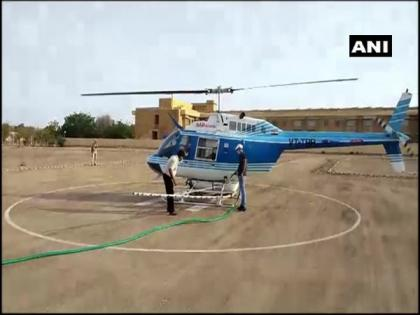Locust control: Chemical spraying in targeted areas begins, Bell Helicopter makes first sortie in Jaisalmer | Locust control: Chemical spraying in targeted areas begins, Bell Helicopter makes first sortie in Jaisalmer