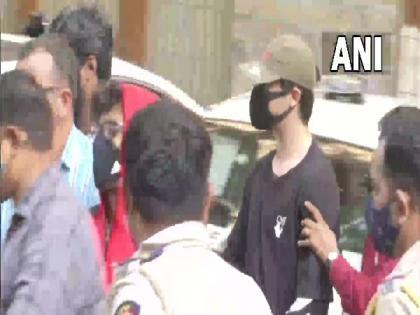 Cruise ship raid case: Mumbai Court adjourns hearing for tomorrow on bail applications of Aryan Khan, 2 others   Cruise ship raid case: Mumbai Court adjourns hearing for tomorrow on bail applications of Aryan Khan, 2 others
