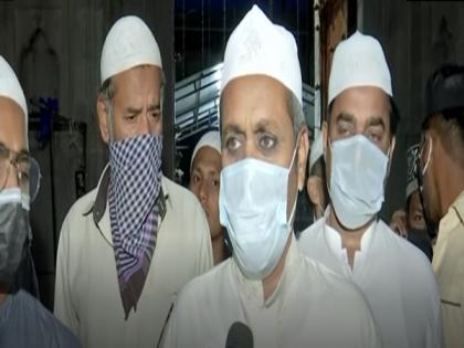 COVID norms being followed at mosques in Hyderabad | COVID norms being followed at mosques in Hyderabad