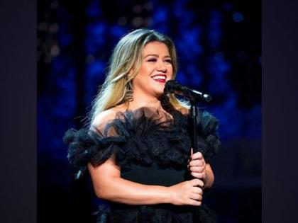 Kelly Clarkson opens up about career doubts following 'American Idol' win   Kelly Clarkson opens up about career doubts following 'American Idol' win