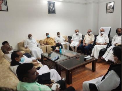 Monsoon session: Mallikarjun Kharge meets Opposition party leaders   Monsoon session: Mallikarjun Kharge meets Opposition party leaders