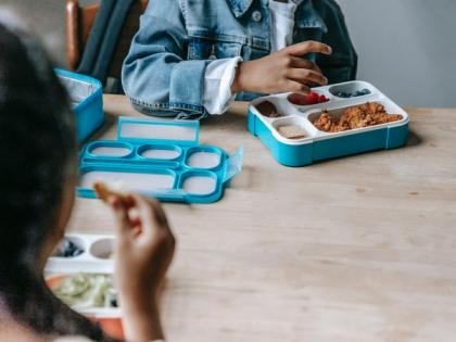 Study suggests evaluating peers' food choices may improve eating habits among adolescents   Study suggests evaluating peers' food choices may improve eating habits among adolescents