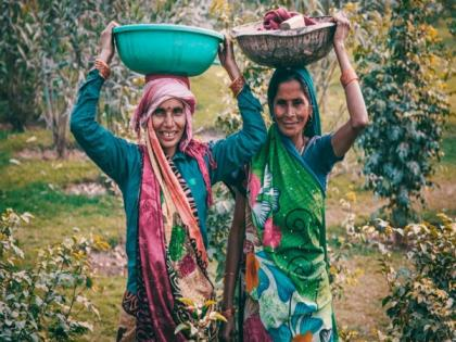 Direct deposit is 'digital empowerment' for women workers in India   Direct deposit is 'digital empowerment' for women workers in India