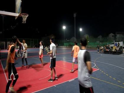 Youth enjoy first night basketball tournament in J-K's Srinagar | Youth enjoy first night basketball tournament in J-K's Srinagar