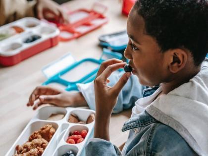 Longer lunch breaks can encourage kids to eat more fruits, vegetables | Longer lunch breaks can encourage kids to eat more fruits, vegetables