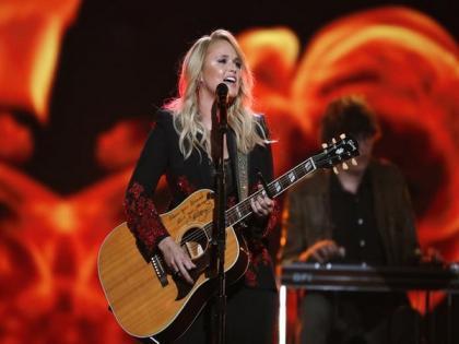 Miranda Lambert breaks down during first concert amid pandemic | Miranda Lambert breaks down during first concert amid pandemic