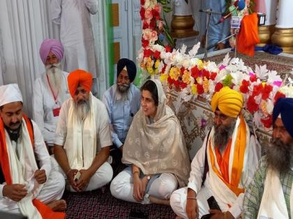 Indian Sikh pilgrims stranded in Lahore amid violent protests in Pakistan   Indian Sikh pilgrims stranded in Lahore amid violent protests in Pakistan