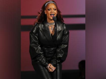 Rihanna teases new music coming 'soon'   Rihanna teases new music coming 'soon'