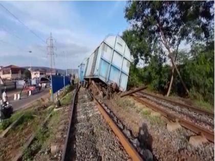Odisha: Goods train derails on Angul-Talcher Road section, services affected | Odisha: Goods train derails on Angul-Talcher Road section, services affected