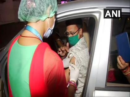 COVID-19: Bhubaneswar Municipal Corporation launches 3 more drive-in vaccination centres   COVID-19: Bhubaneswar Municipal Corporation launches 3 more drive-in vaccination centres