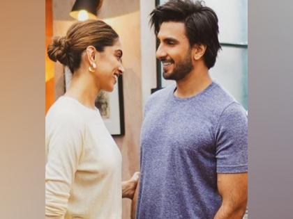 Ranveer Singh smilingly gazes at Deepika Padukone in latest Insta post   Ranveer Singh smilingly gazes at Deepika Padukone in latest Insta post