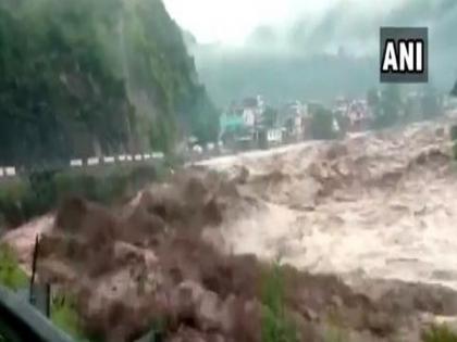 Kishtwar cloudburst: IAF helicopters involved in relief operations | Kishtwar cloudburst: IAF helicopters involved in relief operations