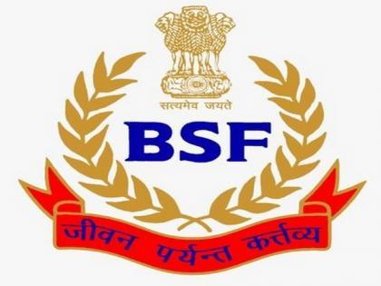 Assam: BSF jawans evacuate ailing woman to hospital by speed boat   Assam: BSF jawans evacuate ailing woman to hospital by speed boat