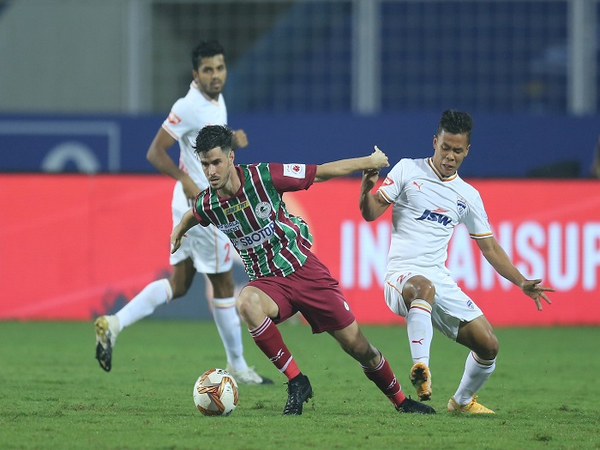 ISL 7: ATK MB coach pleased with win against 'playoff contenders' Bengaluru  FC | english.lokmat.com