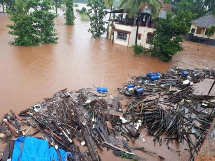 Maharastra flood: Indian Navy team rushed to Ratnagiri, Chiplun and other areas for rescue operation | Maharastra flood: Indian Navy team rushed to Ratnagiri, Chiplun and other areas for rescue operation