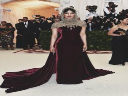 """Priyanka Chopra opens about her most uncomfortable outfit: """"The tape came off, I was holding up the dress with namaste pose""""   Priyanka Chopra opens about her most uncomfortable outfit: """"The tape came off, I was holding up the dress with namaste pose"""""""