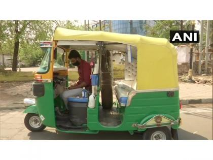 COVID-19 Warrior: Man sells wife' jewellery to convert his auto into an free ambulance for needy, installs oxygen cylinder   COVID-19 Warrior: Man sells wife' jewellery to convert his auto into an free ambulance for needy, installs oxygen cylinder
