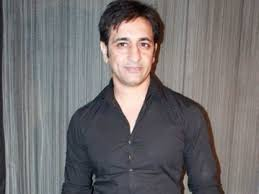 Actor Rajev Paul shifted to hospital days after testing positive for COVID-19 | Actor Rajev Paul shifted to hospital days after testing positive for COVID-19