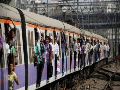 Mumbai Local: Allow vaccinated people to travel by local trains | Mumbai Local: Allow vaccinated people to travel by local trains