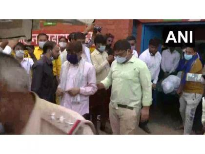 Ballabhgarh incident: Mortal remains of woman who was shot dead in broad daylight handed over to her family   Ballabhgarh incident: Mortal remains of woman who was shot dead in broad daylight handed over to her family