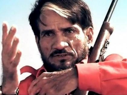 Sambha travelled from Mumbai to Bangalore 27 times just to deliver one dialog, 'Poore pachaas hazaar' | Sambha travelled from Mumbai to Bangalore 27 times just to deliver one dialog, 'Poore pachaas hazaar'
