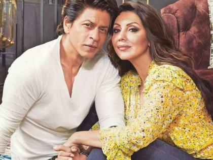 """SRK celebrates wife Gauri's victory: """"At least someone from my house is winning awards"""" 