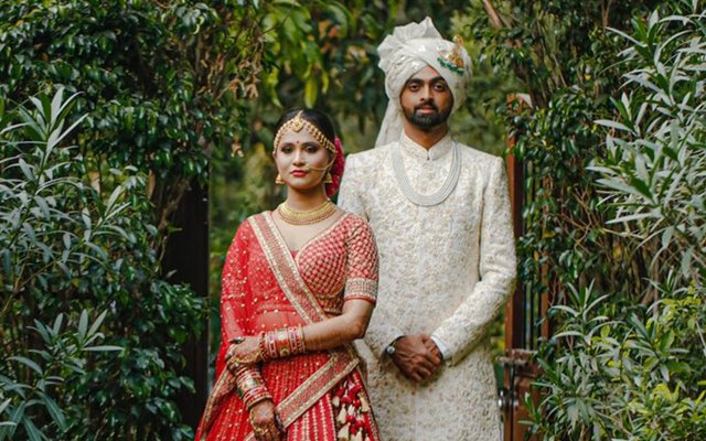 Jaydev Unadkat of Rajasthan Royals gets hitched to his fiancee in a private ceremony - Lokmat