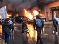 ''beautiful sight' हांगकांग से निकल कर अमेरिका के राज्यों में फैला', चीनी मीडिया ने अमेरिका में चल रहे हिंसक प्रदर्शन पर कसा तंज