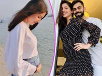 मुलीच्या जन्मानंतर व्हायरल होताहेत विराट कोहली आणि अनुष्का शर्माचे रोमँटिक फोटो - Marathi News   Anushka Sharma pics goes viral after baby girl delivery see photos   Latest bollywood Photos at Lokmat.com