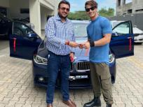आसिम रियाज ने खरीदी करोड़ों की अपनी ड्रीम कार, सोशल मीडिया पर शेयर की Photo