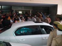 बाबरी विध्वंस मामलाःसीबीआई कोर्ट में बयान दर्ज कराने पहुंचे यूपी के पूर्व सीएम औरभाजपा नेता कल्याण सिंह