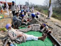 किसान प्रदर्शन: हरियाणा बीकेयू प्रमुख और300 अज्ञात लोगों के खिलाफ मामले दर्ज,राष्ट्रीय राजमार्ग को किया थाअवरुद्ध