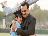 Gunjan Saxena Review: देशभक्ति और बहादुरी के जज्बे को बखूबी दर्शाती है 'गुंजन सक्सेना- द कारगिल गर्ल', जाह्नवी कपूर की एक्टिंग ने जीता फैंस का दिल