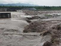 हथिनी कुण्ड बैराज से छोड़े गए आठ लाख क्यूसेक पानी, मथुरा के 175 गांवों में बाढ़ का खतरा