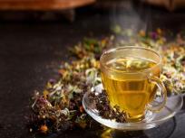 Coronavirus fight food: शरीर की गंदगी बाहर निकालने, इम्यूनिटी सिस्टम मजबूत करने के लिए पियें ये 5 तरह की आयुर्वेदिक चाय