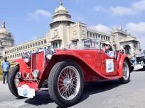 देश के 17 शहरों में पहुंचेगी विंटेज कार रैली, राजसी ठाठ-बाट की अभिन्न अंग थी विंटेज कारें