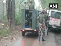 जम्मू-कश्मीर: बारामूला के पटटन में मुठभेड़, सेना के एक अधिकारी शहीद, तीन आतंकी घिरे