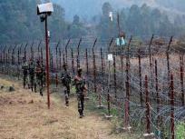 जम्मू कश्मीरः भयानक सर्दी और सिरों पर मंडराती मौत के बीच रातें गुजारने को मजबूर हैं बॉर्डर पर रहने वाले
