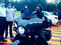 चीफ जस्टिस ऑफ इंडिया शरद अरविंद बोबडे ने की बाइक की सवारी, वायरल हो रही तस्वीर
