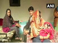 नागरिकता विधेयकः दिल्ली में रह रहे पाकिस्तानी हिंदुओं की बस्ती में मना जश्न, एक महिला ने अपनी बेटी का नाम रखा 'नागरिकता