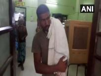 बिहार: सरकारी एम्बुलेंस नहीं मिलने पर पिता मोटरसाइकिल से घर ले गए बच्चे का शव