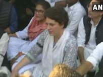 दिल्ली हिंसा: प्रियंका गांधी ने निकाला शांति मार्च, केसी वेणुगोपाल समेत कई कांग्रेस नेता हुए शामिल