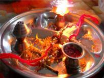 Raksha Bandhan 2020: कब है रक्षाबंधन, जानें शुभ मुहूर्त, पूजा विधि व राशियों पर क्या होगा असर