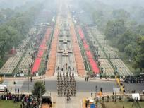 Republic Day: राजपथ पर पूर्व PM मनमोहन सिंह व भारत के मुख्य न्यायाधीश भी हैं मौजूद, देखें तस्वीर