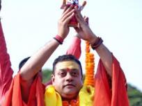 BJP नेता संबित पात्रा ने दिल्ली के एक अस्पताल में किया प्लाज्मा डोनेट, कहा- कोरोना को हराने के बाद जरूर प्लाज्मा दान करें