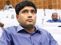 केंद्र सरकार से25,000 रुपये मुआवजा जीता संजीव चतुर्वेदी ने, फिरप्रधानमंत्री राहत कोष में दान कर दिया